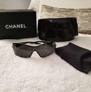 CHANEL  Authentic Shield Sunglasses